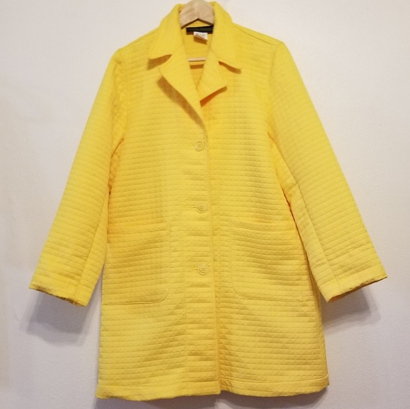 Harve Benard Jackets & Blazers - Harve Benard quilted coat jacket -sunshine yellow